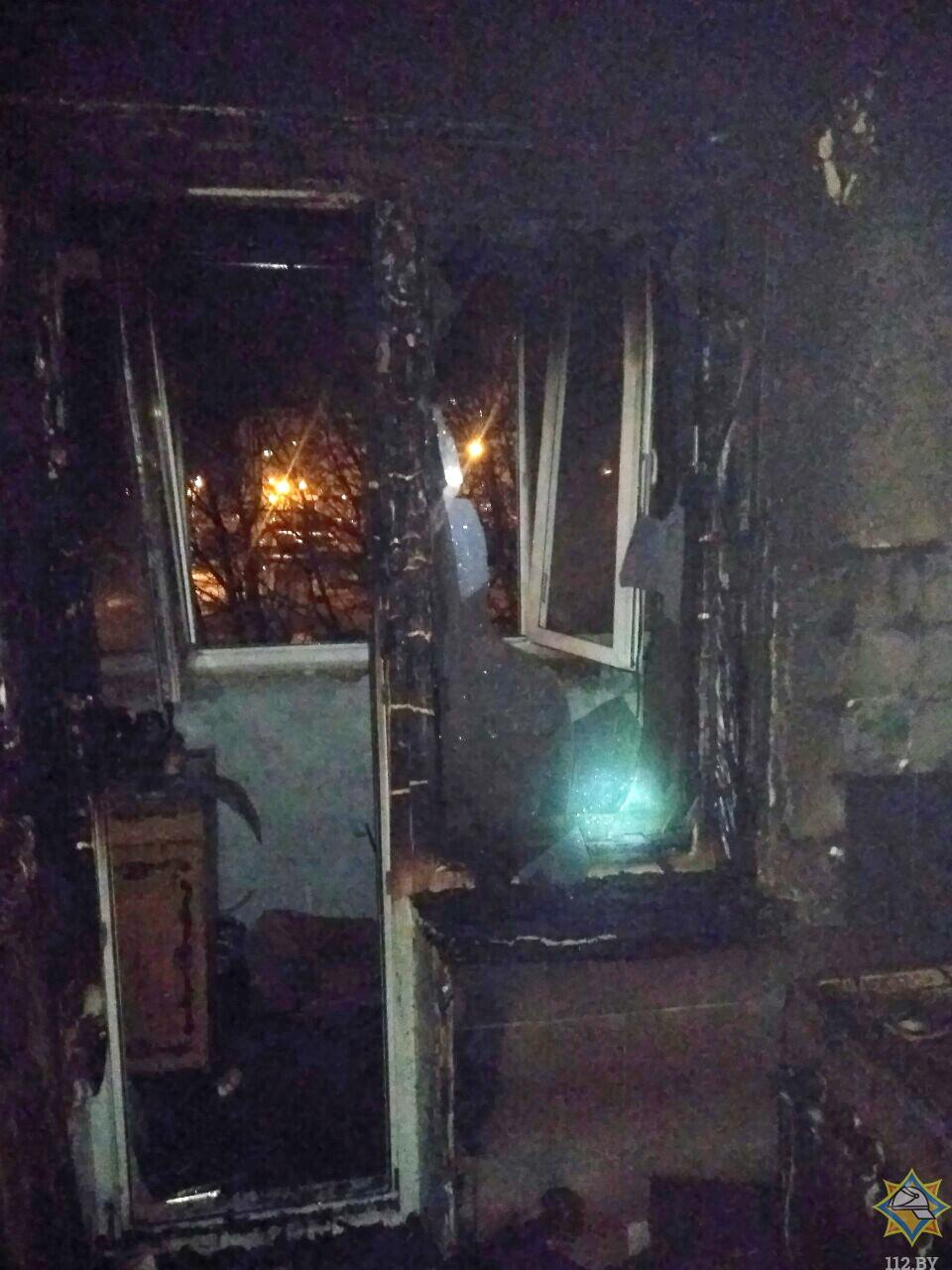 Ночью сгорела квартира в Минске: жена погибла, муж выжил
