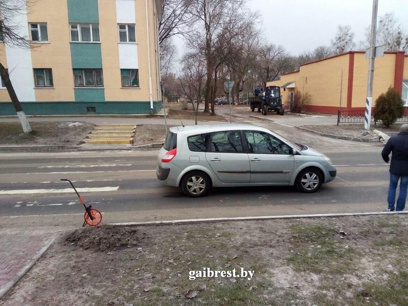 В Белоозерске возле перехода сбили 7-летнего мальчика