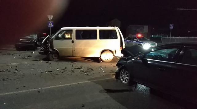 Три машины столкнулись в Житковичах из-за пьяного водителя
