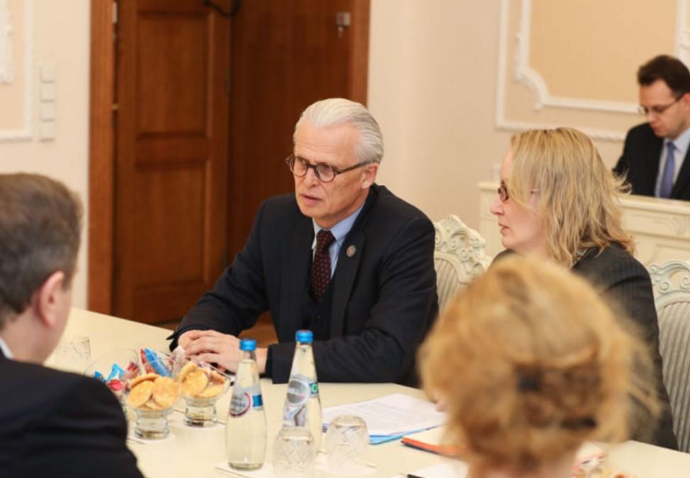 Швейцарская фармкомпания хочет организовать производство в Беларуси