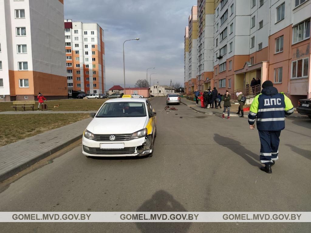 Такси сбило 7-летнего велосипедиста в Жлобине