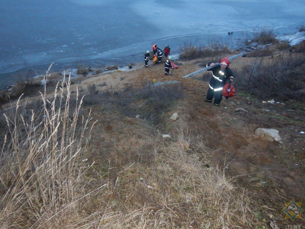 Спасатели вытащили из Днепра тонущего мужчину в Могилеве