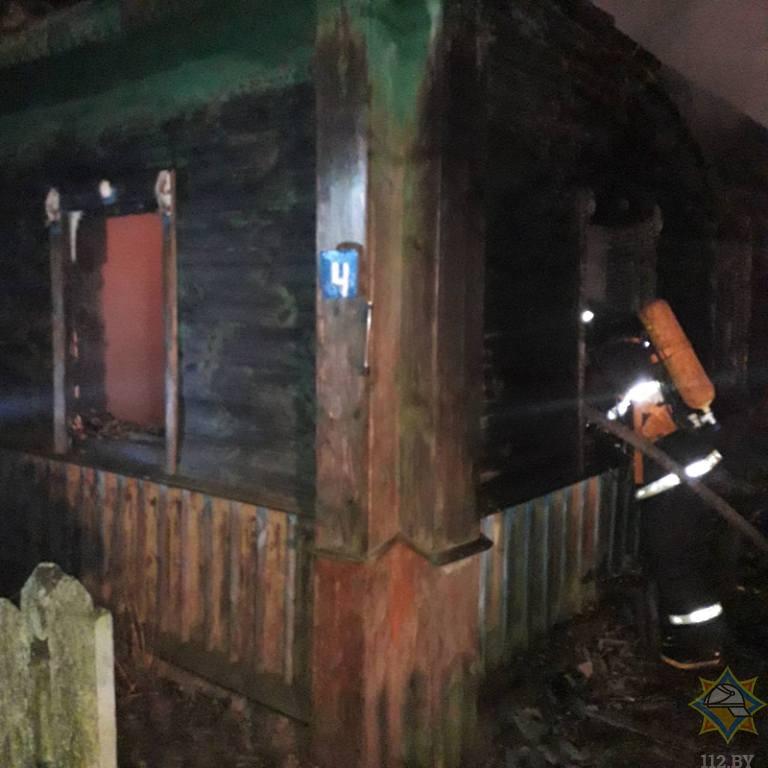 Муж погиб, а жена спаслась на пожаре в Чашникском районе