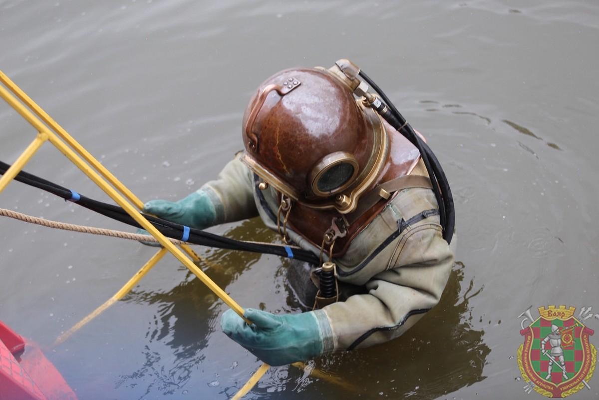 В Могилеве прошли тренировки военных водолазов