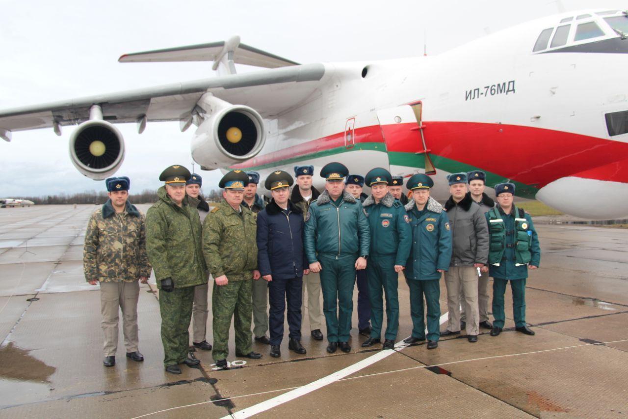 Самолет, доставивший помощь в Китай, вернулся в Беларусь