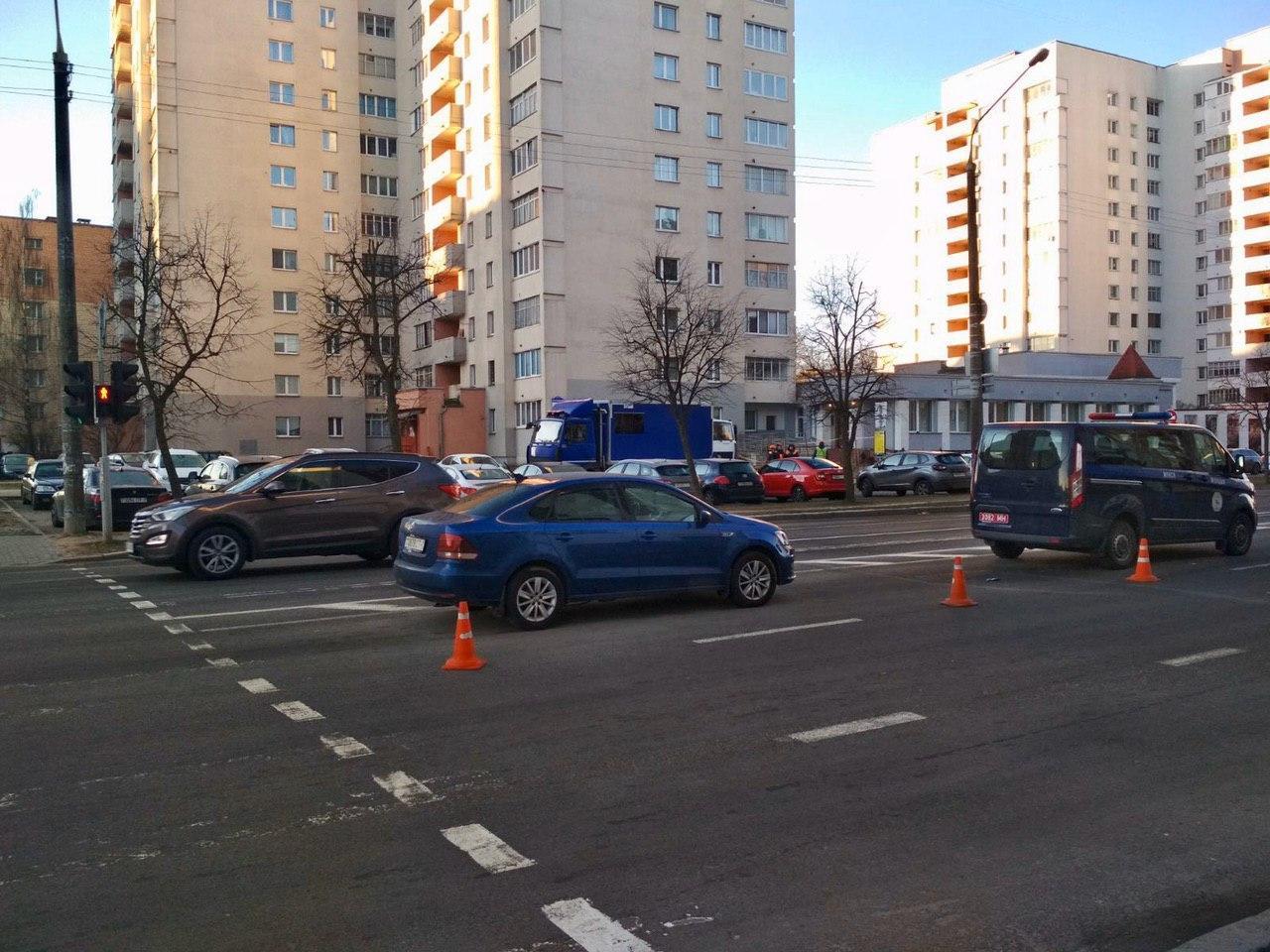 Вот так дети попадают под машину: в ГАИ показали видео аварии в Минске