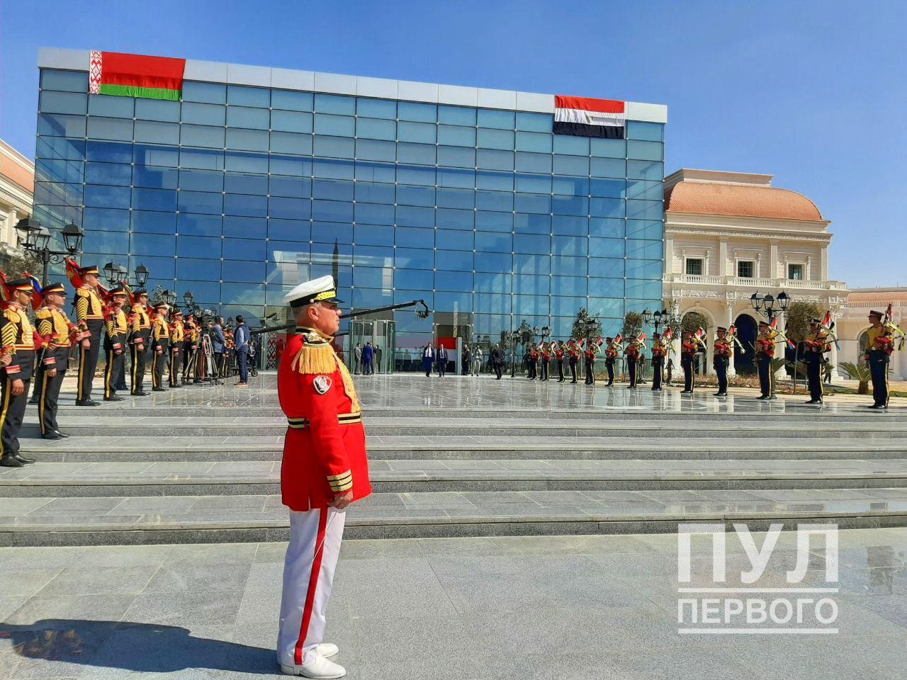 Лукашенко в Египте показали город будущего