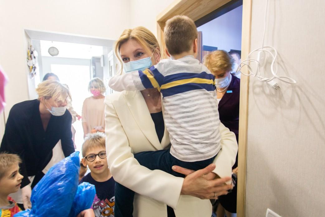 Супругу Зеленского госпитализировали с двусторонней пневмонией