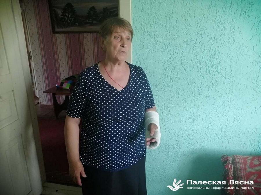 На ребенка наставили пистолет, женщине сломали палец. Как задерживали фермера из стрима Тихановского