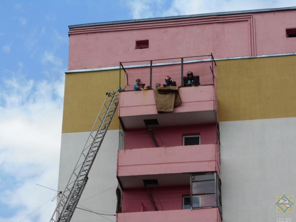 На пожаре в Витебске спасены две женщины