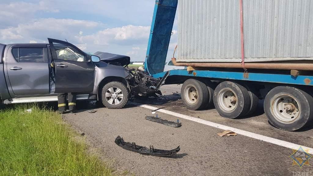 Три автомобиля столкнулись в Дзержинском районе