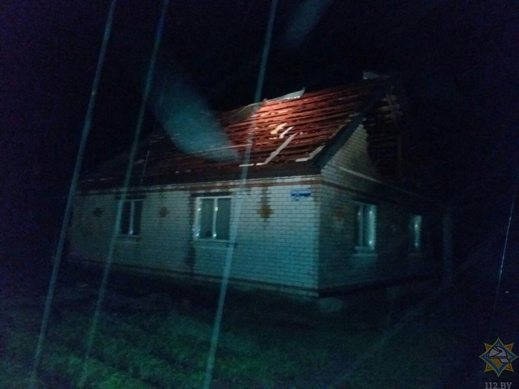 МЧС рассказало о последствиях сильного ветра в Витесбке