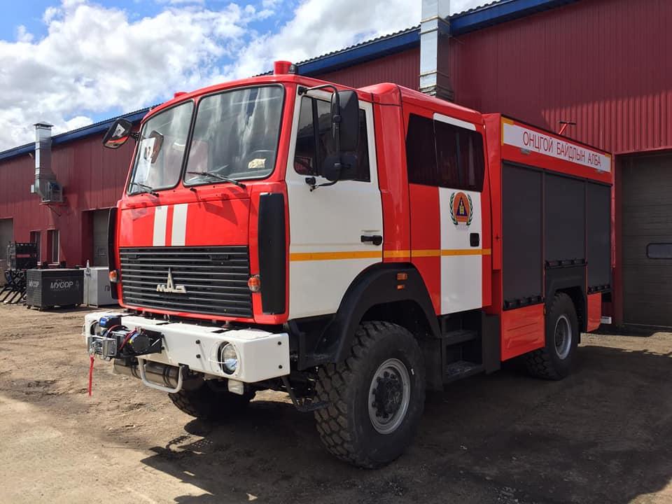 Беларусь отправила партию пожарной техники в Монголию
