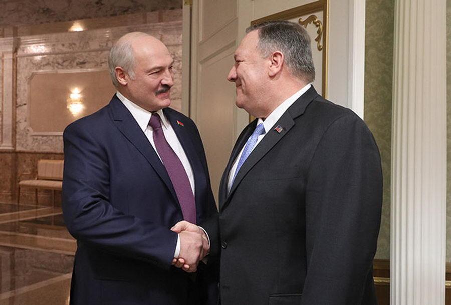 Помпео— Лукашенко: Беларуссии нестоит страшиться внешней угрозы состороны стран НАТО