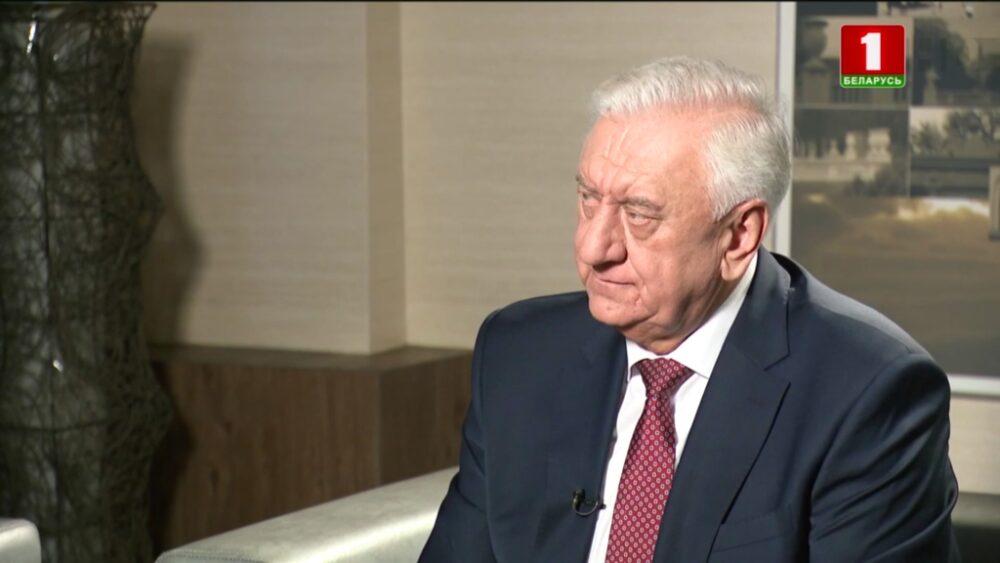 Прогноз Лукашенко на2021 год: будет тяжелее, чем ввисокосном