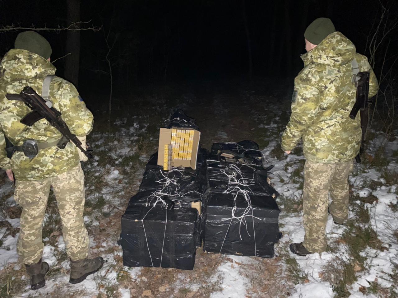 В Украине задержали две партии контрабандных беларусских сигарет