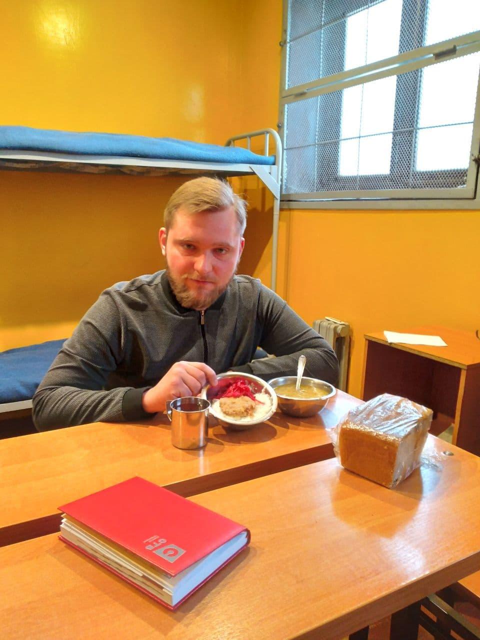 Григорий Азаренок съездил на Окрестина и опубликовал фото