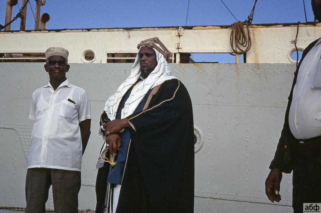 Беларусы в Сомали? - в сети обсуждают случайно найденную коллекцию фотографий