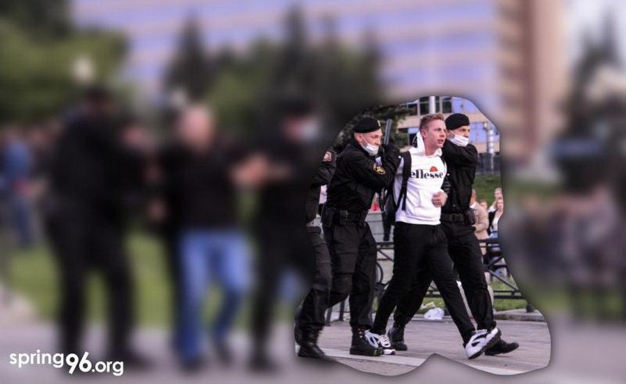 Суд отклонил предложение прокурора смягчить наказание политзаключенному Лакишику