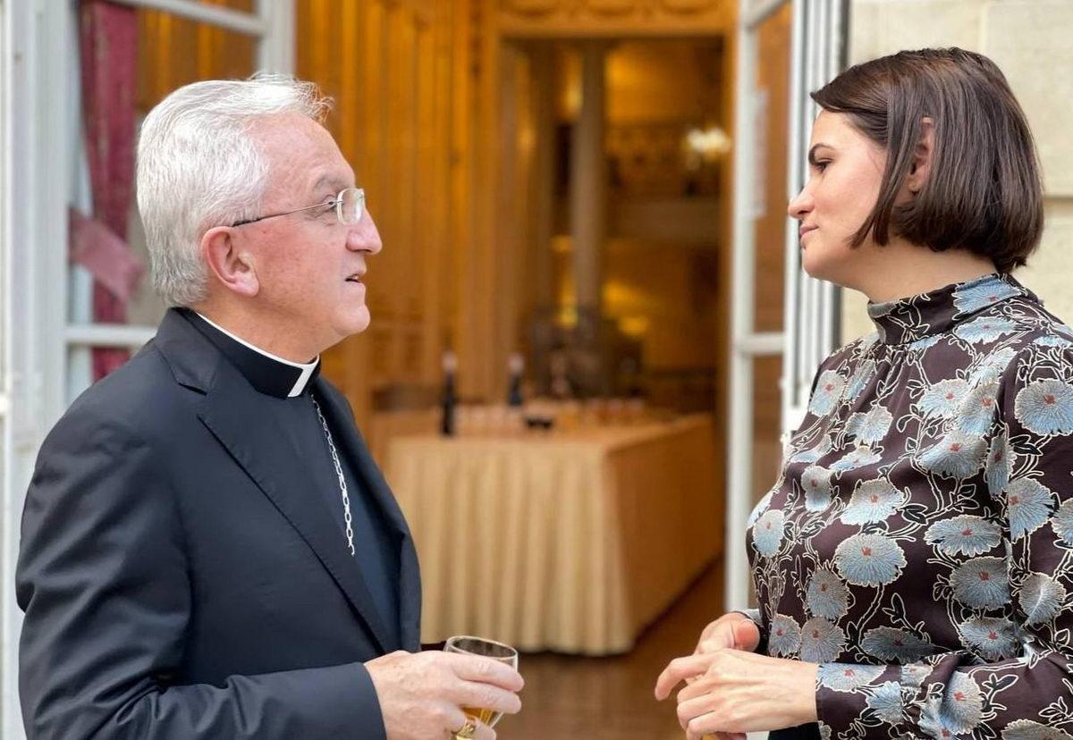 Команда Тихановской обсудила возможный визит в Ватикан